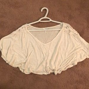 Lace detailed crop